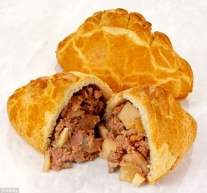 Wrights Cornish Pasty, Beef & Vegetable 210g